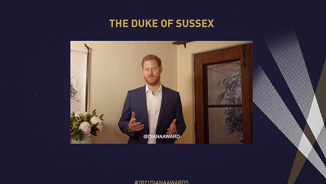 El príncipe Harry agradece a los ganadores del premio Diana por su brillantez
