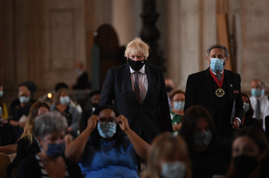 El Primer Ministro Boris Johnson llega para el servicio de conmemoración y acción de gracias del NHS para conmemorar el 73 cumpleaños del NHS en la Catedral de St Paul, Londres.