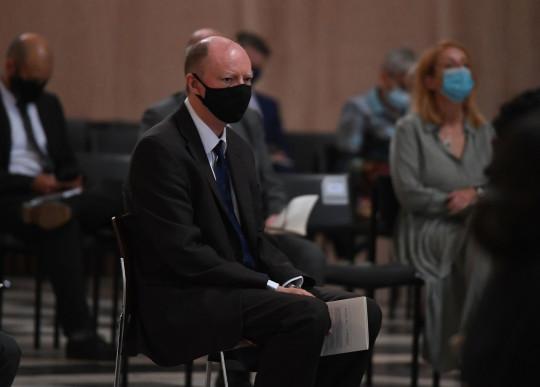 El profesor Chris Whitty, director médico, toma asiento en el servicio de conmemoración y acción de gracias del NHS para conmemorar el 73 cumpleaños del NHS en la Catedral de St Paul, Londres.